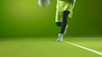ZTE USA Axon M TV Spot, 'Baskettroll' - Thumbnail 1