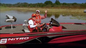 Bass Pro Shops 2018 Spring Fishing Classic TV Spot, 'Sunglasses' - Thumbnail 7