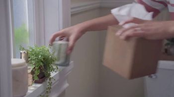 Lowe's Bath TV Spot, 'The Moment: Vanities' - Thumbnail 2
