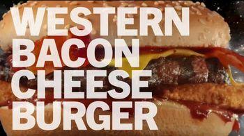 Carl's Jr. Western Bacon Cheeseburger TV Spot, 'Sauce It Up' - Thumbnail 8