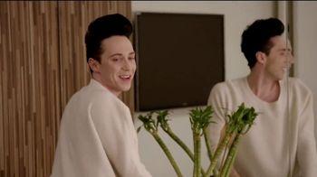 Google Home Mini TV Spot, 'Fashion Upgrade' Ft. Tara Lipinski, Johnny Weir