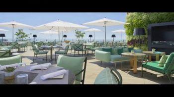 Waldorf Astoria Beverly Hills TV Spot, 'Live Unforgettable' - Thumbnail 10