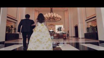Waldorf Astoria Beverly Hills TV Spot, 'Live Unforgettable' - Thumbnail 3
