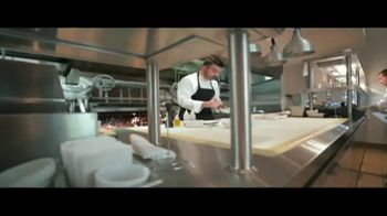 Waldorf Astoria Beverly Hills TV Spot, 'Live Unforgettable' - Thumbnail 7