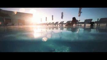 Waldorf Astoria Beverly Hills TV Spot, 'Live Unforgettable'