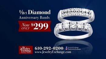 Jewelry Exchange TV Spot, 'Anniversary Bands' - Thumbnail 2