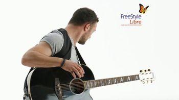 Abbott FreeStyle Libre TV Spot, 'No More Fingersticks' - Thumbnail 3