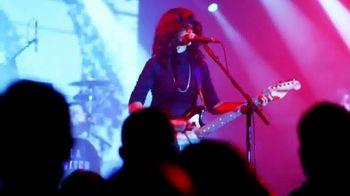 Guitar Center TV Spot, 'L.A. Witch' - Thumbnail 7
