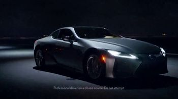 Lexus Hybrid TV Spot, 'Current' [T1] - Thumbnail 5