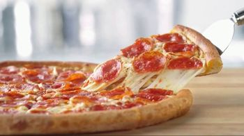 Papa John's TV Spot, 'Things We Love Cutting' - Thumbnail 6