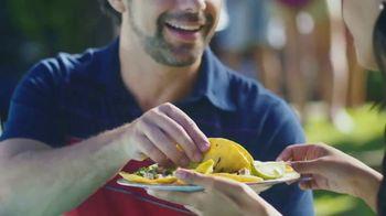 Bud Light Chelada With Clamato TV Spot, 'Amigos' [Spanish] - Thumbnail 3