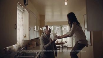 MassMutual TV Spot, 'Give and Receive' - Thumbnail 7