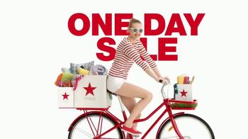 Macy's One Day Sale TV Spot, 'Dining, Bed, Bath and Luggage' - Thumbnail 1