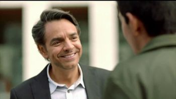 DishLATINO TV Spot, 'Modelo a seguir' con Eugenio Derbez [Spanish] - Thumbnail 6