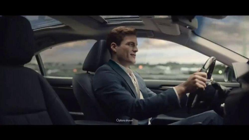 2017 Lexus ES 350 TV Commercial, 'Daily Retreat' [T2]