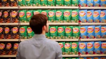 Lay's TV Spot, 'Grocery Aisle: Life Needs Flavor' - Thumbnail 3