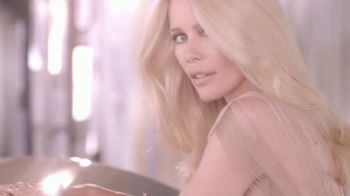 Schwarzkopf Color Ultime TV Spot, 'Shines Like a Diamond: Blue Conditioner'