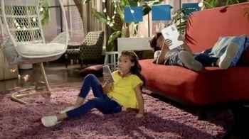 Club Penguin Island TV Spot, 'Disney Channel: Customize Your Penguin' - Thumbnail 2