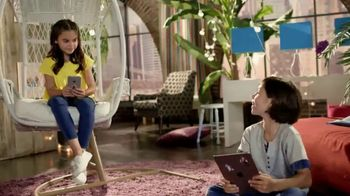 Club Penguin Island TV Spot, 'Disney Channel: Customize Your Penguin' - Thumbnail 8