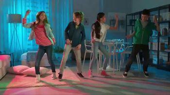 Despicable Me 3 Mini Music-Mates TV Spot, 'Dance Party' - Thumbnail 7