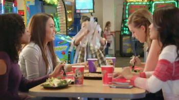 Chuck E. Cheese's TV Spot, 'Girls' Night'
