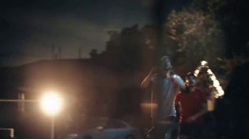 Modelo Especial TV Spot, 'Fighting for the Beautiful Game' Featuring Omar Gonzalez - Thumbnail 5