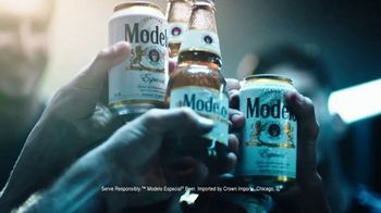 Modelo Especial TV Spot, 'Fighting for the Beautiful Game' Featuring Omar Gonzalez - Thumbnail 9