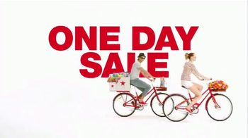 Macy's One Day Sale TV Spot, 'Suits and Accessories' - Thumbnail 2