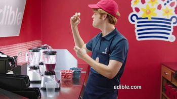 Edible Arrangements TV Spot, 'Fruit Smoothies and Summer Deals' - Thumbnail 2