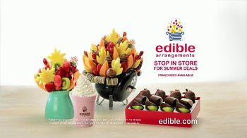 Edible Arrangements TV Spot, 'Fruit Smoothies and Summer Deals' - Thumbnail 7