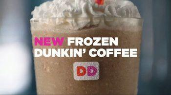 Dunkin' Donuts Frozen Dunkin' Coffee TV Spot, 'Rooftop Escape' - Thumbnail 2