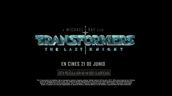 Sonic Drive-In Slushes TV Spot, 'Transformers: The Last Knight' [Spanish] - Thumbnail 6