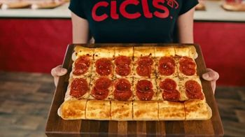 CiCi's Pizza Unlimited Buffet TV Spot, 'Party With Stuffed Crust Trio' - Thumbnail 1