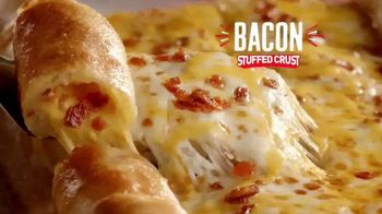 CiCi's Pizza Unlimited Buffet TV Spot, 'Party With Stuffed Crust Trio' - Thumbnail 4