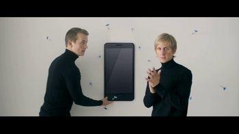 Motorola Moto Z Droid TV Spot, 'Moto Mods' - Thumbnail 2