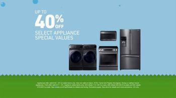 Lowe's TV Spot, 'Huge Summer Savings: Appliances & Paint' - Thumbnail 2