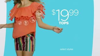 JCPenney Summer Fashion Stock-Up TV Spot, 'Whites and Brights' - Thumbnail 4