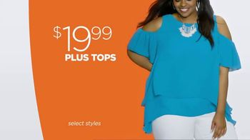 JCPenney Summer Fashion Stock-Up TV Spot, 'Whites and Brights' - Thumbnail 6