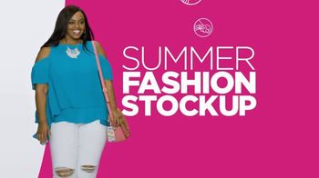 JCPenney Summer Fashion Stock-Up TV Spot, 'Whites and Brights' - Thumbnail 8