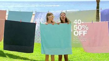Macy's Summer Sale TV Spot, 'Shoes for Her' Song by Katrina & The Waves - Thumbnail 6