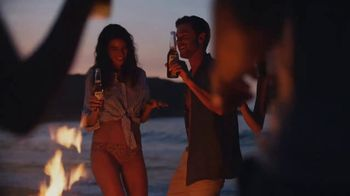 Corona Extra TV Spot, 'Make Summer' Song by Bunny Wailer - Thumbnail 4