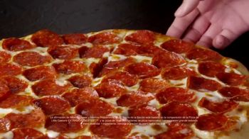 Little Caesars EXTRAMOSTBESTEST Pizza TV Spot, 'Entrégate' [Spanish] - Thumbnail 4