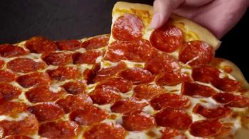 Little Caesars EXTRAMOSTBESTEST Pizza TV Spot, 'Entrégate' [Spanish] - Thumbnail 6