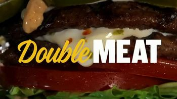Carl's Jr. Jalapeño Double Cheeseburger TV Spot, 'Double Meat, Double Heat' - Thumbnail 4