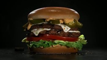 Carl's Jr. Jalapeño Double Cheeseburger TV Spot, 'Double Meat, Double Heat' - Thumbnail 6