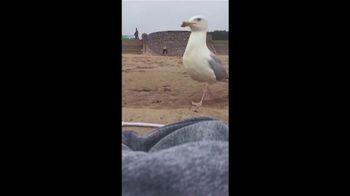 Samsung Galaxy S8 TV Spot, 'Seagull' - Thumbnail 1
