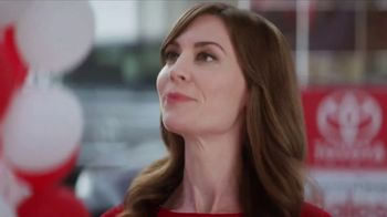 Toyota Time Sales Event TV Spot, 'Sienna or Highlander' [T2] - Thumbnail 4