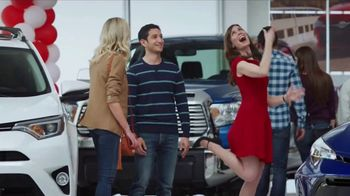Toyota Time Sales Event TV Spot, 'Sienna or Highlander' [T2] - Thumbnail 6