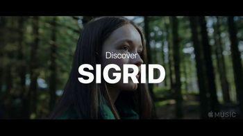 Apple Music TV Spot, 'Discover Sigrid' - Thumbnail 10