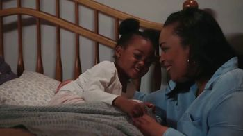 Aveeno Skin Relief TV Spot, 'A Moment for Me' Featuring Angela Davis - Thumbnail 7
